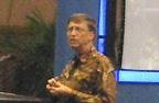 Выступая на форуме в Джакарте, Билл Гейтс уделил особое внимание на растущую опасность того, что бедные страны будут практически исключены из возникающей, основанной на знаниях экономики