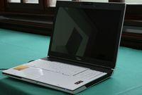 Ноутбук Amilo в новом дизайне