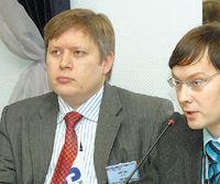 Игорю Елисееву, главному редактору журнала «Сети», удалось собрать за круглым столом представителей конкурирующих между собой операторов и их заказчиков