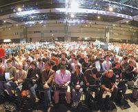 Во время откровенной дискуссии о будущем программирования, состоявшейся на конференции Professional Developers Conference, ведущие разработчики самой корпорации высказались в поддержку методов старой школы