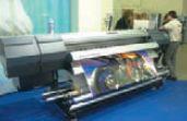 AdvanceJETi AJ-740i — самый высокопроизводительный принтер Roland на выставке печатает до 81 м2/ч