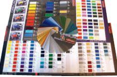 Каталоги литых плёнок Oracal включают серию 970 (26 цветов) для оклейки транспорта, светорассеивающую серию 8800, серию 951 для экстремальных условий (большой выбор металлизированных цветов)