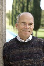 Бернард Голден – директор консалтинговой фирмы HyperStratus, которая специализируется на виртуализации, вычислениях в облаке и сопутствующих вопросах. Автор Virtualization for Dummies (