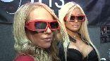 Для получения трехмерного эффекта при просмотре телевизионных программ зрителям понадобятся специальные очки, которые также выпускаются Samsung