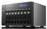 В сетевом накопителе TS-859 Pro имеется восемь отсеков для установки дисков