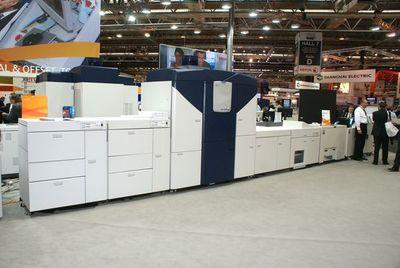 Инженеры и маркетологи продолжают улучшать Xerox iGen4 и её имидж
