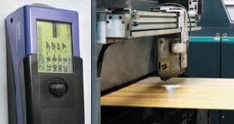 Ручной спектрофотометр X-Rite SpectroEye (слева) используется в технологической лаборатории типографии как эталонный прибор, а система PrintQuick отвечает за точную приводку красок во время печати и находится непосредственно после красочных секций