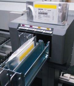 Новые чернила поставляются в пакетах увеличенной до 880 мл ёмкости