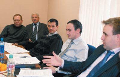 Слева направо: Андрей Степанов и Олег Гурулёв (