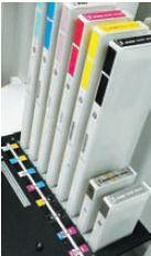 По причине небольшого относительного расхода чернил картриджи с белыми и металлизированными чернилами поставляются только в объёме 220 мл