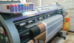 Два картриджа каждого цвета позволяют ускорить печать