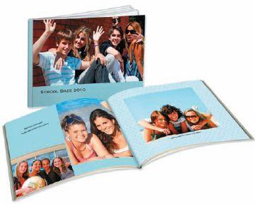 Программа Simple Path от Shutterfly позволяет заказчикам использовать при создании фотокниг фотографии из Facebook