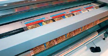 На Arizona 360 GT печатались сложные работы, например, на прозрачной плёнке с