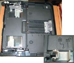 Кассета для подачи обычной бумаги раздвигается для формата А3, а для А4 становится компактнее. Для закрепления деталей есть удобный замок