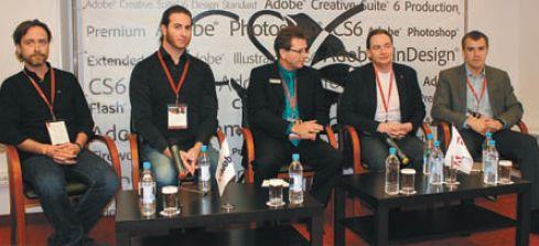 Утро трудного дня. Организаторы на пресс-конференции (слева направо): Р. Дойчлер, Д. Левин, Л. Ханле, А. Тарасов и Р. Менякин