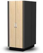 Производимое компанией Kelly Systems оборудование, которое предназначено для установки серверов, выглядит как обычный платяной шкаф, но при этом выполняет функции вентилируемой звукоизолированной серверной стойки