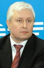 По словам Кирилла Корнильева, предприятие будущего проявит способность быстро иуспешно меняться, не просто следуя за требованиями клиентов, аформируя их потребности, ведя клиентов за собой
