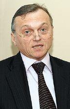 Валерий Храбров считает, что ориентация на крупных заказчиков исосредоточенность на аналитике помогут SAS пережить кризис