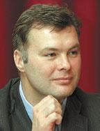 Хотя темпы роста компании вэтом году снизятся, Константин Шляхов утверждает, что они по крайней мере вдвое будут опережать рост ИТ-рынка