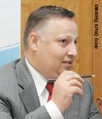 400 станций VSAT в неделю. Как отметил Виталий Слизень, такими темпами «Синтерра» собирается их устанавливать, оперативное же обслуживание будет поручено партнерам.