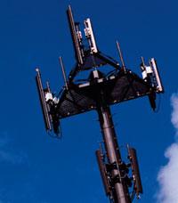 телефоны третьего поколения, которые до сих пор считаются нишевым продуктом вЕвропе, смогут работать на частотах 900 и1800 МГц уже кконцу года
