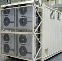 Рисунок 5. Модуль расширения Sitronics Daterium — это стандартный транспортный контейнер длиной около 7 м. В нем размещается семь полноразмерных стоек с оборудованием ИТ и все основные инженерные системы с резервированием N+1. Заявленный уровень доступности контейнерного ЦОД — Tier II или III, он может работать при температуре окружающей среды от -35 до +400C или от -50 до +500C (в специальном исполнении). В отдельном контейнере размещается ДГУ.