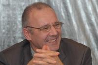 По наблюдениям Владимира Калмыкова, многие компании, арендующие площади в офисных центрах, сталкиваются с проблемой