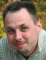 Ренат Минаждинов. Руководитель направления IT Pro Community Collaboration, Microsoft Россия. http://blogs.technet.com/renatmin