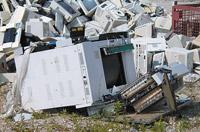 Производители компьютерного оборудования уже не могут оставлять без внимания проблему утилизации отслуживших свой век устройств, комплектующих и расходных материалов для них