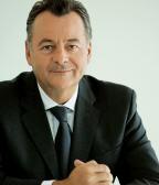"""В Fujitsu Siemens Сomputers назвали причины отставки прежнего генерального директора Бернда Бишоффа """"личными"""""""