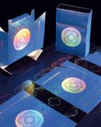 Примеры послепечатной отделки с холодным тиснением фольгой на InlineFoiler (Фото: MAN Roland)