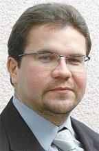 Михаил Зырянов— главный редактор журнала «Директор информационной службы». Сним можно связаться поадресу mikez@osp.ru