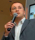 Михаил Старовойтов считает бессмысленным поиск нового «убийственного» приложения, ведь со временем у людей не появляются новые органы чувств