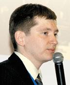 По словам Евгения Балахонова, на базе интеграционной платформы NetWeaver реализован обмен данными между системой SAP R/3 вцентральном офисе «Евросети» исистемой «1С» врозничной сети