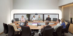 Cisco не упустила из вида даже такие «мелочи», как реальный размер изображения собеседника на экране, воспроизведение звука внаправлении от его источника иналичие виртуального «круглого стола»