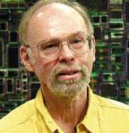 Глен Генри: «В64-разрядной архитектуре Isaiah применена суперскалярная архитектура свнеочередным исполнением инструкций, способная обрабатывать одновременно несколько инструкций»