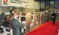Varyflex F1 с 4 секциями офсетной печати на дне открытых дверей Omet
