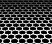 Электроны очень быстро проходят сквозь ячеистую сверхтонкую структуру графена, что обеспечивает значительно более высокую эффективность и малую энергоемкость компонентов приемопередатчиков