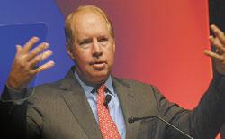 По словам генерального директора CA Джона Свенсона, универсальная сервисная модель— «сердце EITM»