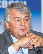 По словам Бориса Антонюка, Мининформсвязи занято разработкой дополнений кнормативно-правовой базе, которые обеспечат недискриминационный доступ крынку связи