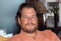 Марк Беньофф считает развертывание платформы Force.com самым заметным по своему масштабу событием в сфере разработки приложений со времен появления Visual Basic