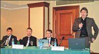 Открыл презентацию директор по продуктам Corel Питер Нордвел; слева от него руководитель российского представительства Сергей Фенёв, директор по продажам в регионе EMEA Хольгер Зуль, продакт-менеджер направления CorelDRAW Джон Фальсетто
