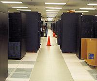 Инженеры корпорации IBM завершают сборку суперкомпьютера, который впервые перешагнет петафлопный рубеж