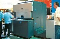 Стенд Hewlett-Packard. HP Indigo WS6000 работала под управлением нового сервера HP SmartStream Labels and Packaging, разработанного совместно с EskoArtwork и включающего новую версию системы управления цветом и обработки файлов