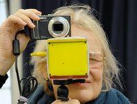 Исследователи пытаются обойти все оптические нарушения зрения иобеспечить попадание на сетчатку достаточно яркого иконтрастного изображения
