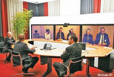 Рисунок 1. Применение системы для проведения видеоконференций позволяет экономить ресурсы при осуществлении коммуникаций между двумя офисами.