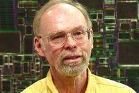 Проектированием нового процессора занимались инженеры Centaur Technology, дочерней компании Via Technologies, под руководством Гленна Генри