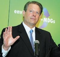 Специалисты отмечают, что, хотя прогресс всолнечной энергетике происходит ине так быстро, как говорит об этом Эл Гор, но тем не менее данная отрасль обладает огромным потенциалом
