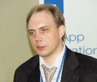 По мнению Романа Волкова, NetApp пройдет через нынешнюю сложную полосу в экономике не менее успешно, чем через кризис, вызванный крахом «доткомов»