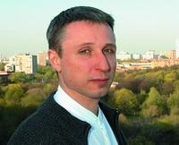 «Мы планируем расширить использование аутсорсинга, но это не связано с кризисом, это часть нашей общей политики»,  Михаил Орлов, председатель совета директоров Консалтинговой группы «Руна»